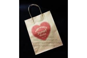 Lợi ích của việc sử dụng túi giấy tái chế