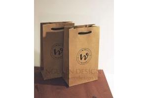 Túi giấy Kraft nâu 170gsm, quai vải